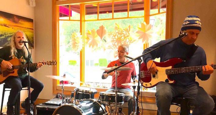 My trio Robonzo's Bolero at performing at Cinnabar Winery in Saratoga, California