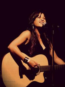 Lara Price Unplugged