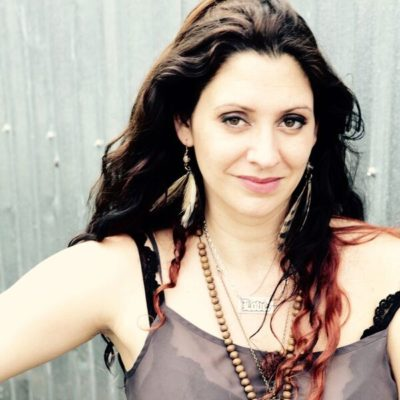 Wendy Colonna, Songwriter, Performer, LIfe Coach, Tips Concerts
