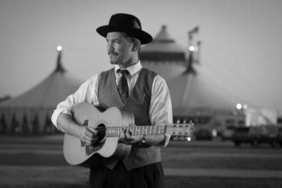 Live Streamed Shows In Isolation | Dean Johanesen